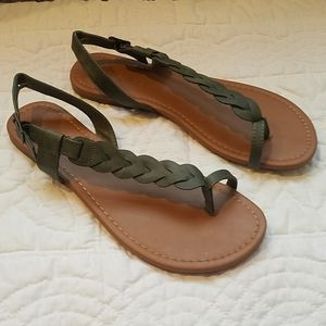 Rampage Army Green Flat Sandals 9.5